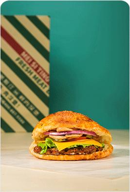 蘑菇牛肉烤汉堡